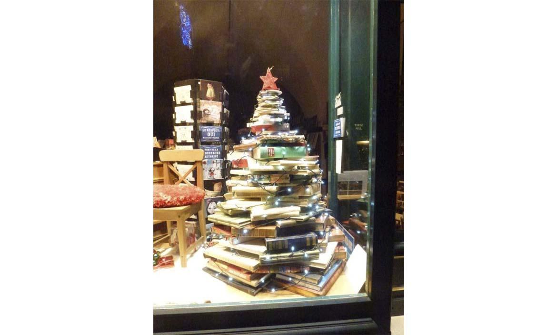 decoracion-escaparates-navidad-tienda